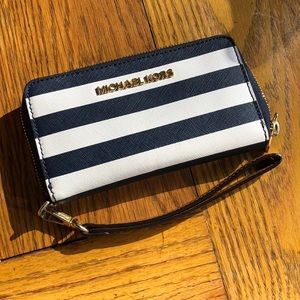 Navy and White striped Michael Kohrs Wallet 💙